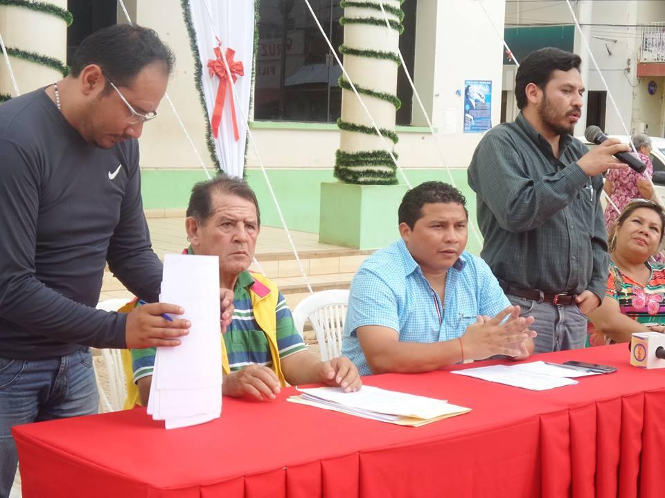 Alcalde gatty ribeiro entrega tres motocicletas a la for Oficina virtual del catastro murcia