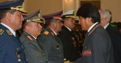 Morales-Alto-Mando-Militar