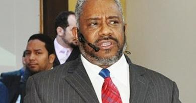 Suplente de senador, Pastor José da ICB cai ao ser denunciado por escândalo sexual