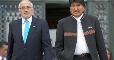 Morales agradece a Mesa por su rol como vocero de la demanda marítima