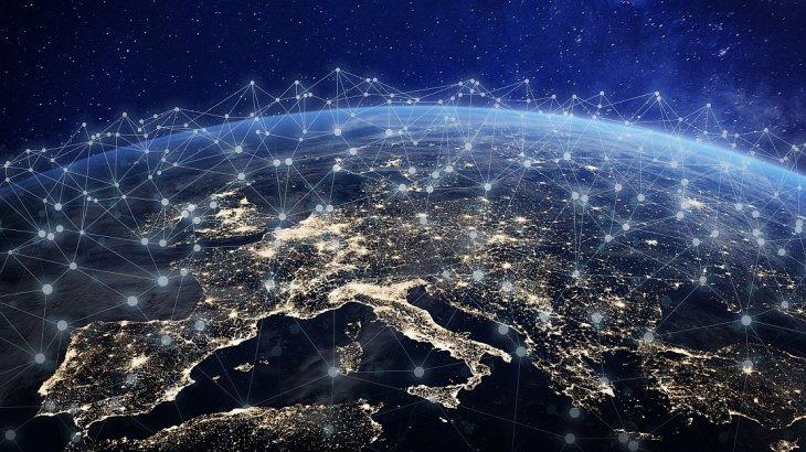 red satelites amazon