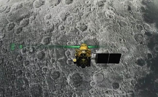 nave india-luna