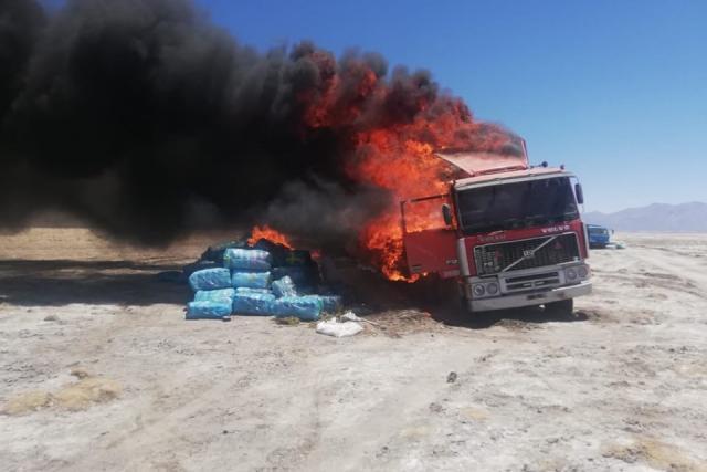 camion de contrabando incinerado