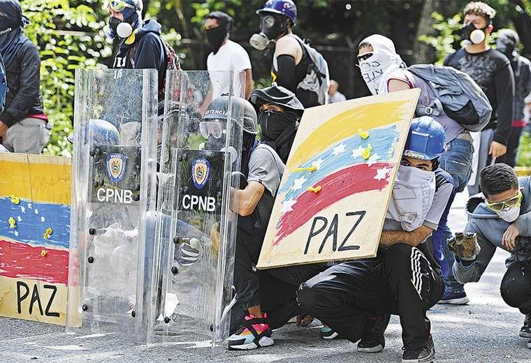 venezuela sale a las calles
